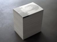 Goekhan Erdogan, Ohne Titel, 2010, Offsetdrucke, Leim, Papierstapel